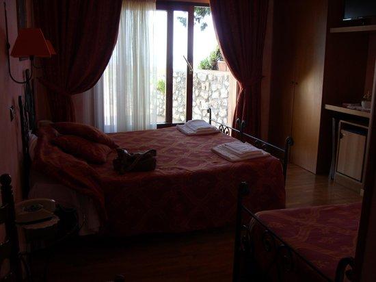 Hotel Internazionale : bedroom