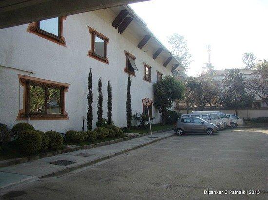 Hotel Himalaya: Front Areas