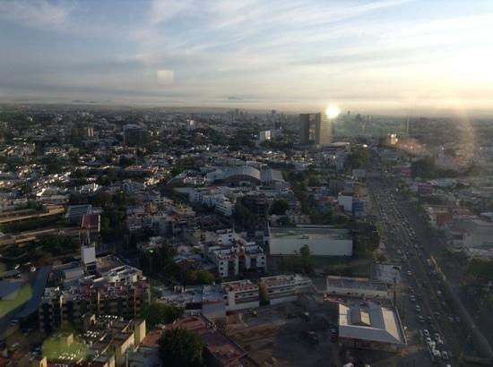 Hotel Riu Plaza Guadalajara: Guadalajara vista desde el hotel