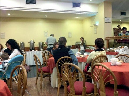 Holiday Inn Montevideo: Desayuno