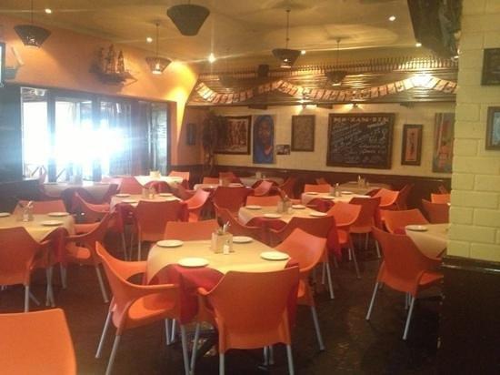 Mo-Zam-Bik Linksfield: Inside the restaurant