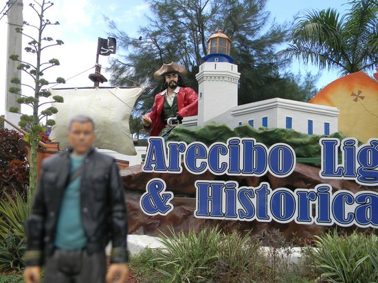 Arecibo Lighthouse & Historical Park : Main gate sign