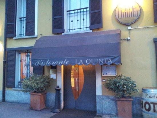 La Quinta: esterno ristorante