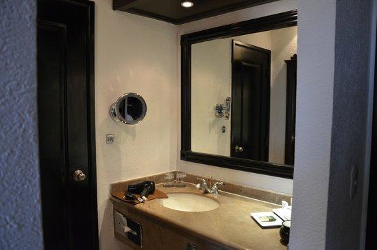 Hard Rock Hotel Riviera Maya: Vanity