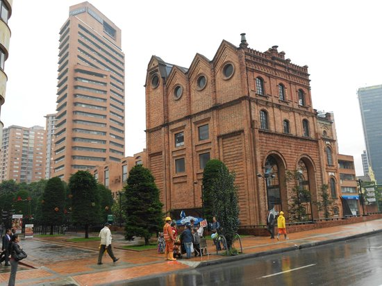 Ibis Bogota Museo: Setor Financeiro