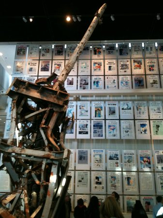 Newseum: Antenna and Front Pages of Newspapers Around the World