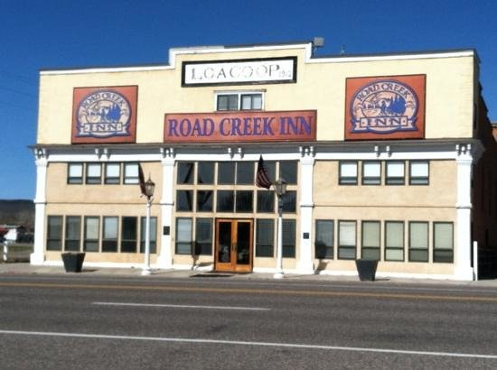 Road Creek Inn : Be ready to be dazzled when you enter!