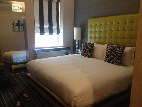 The Marcel at Gramercy: clean and comfortable room