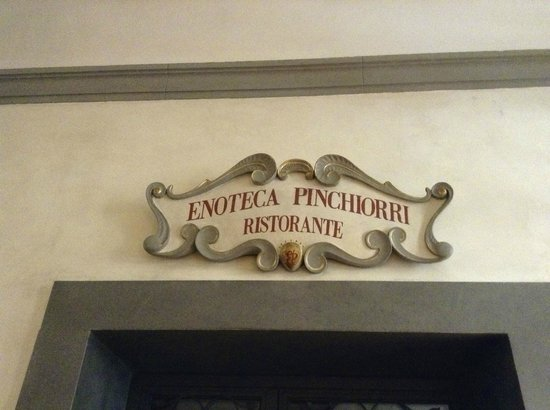 Relais Santa Croce: Enoteca Pinchiorri on first floor of hotel