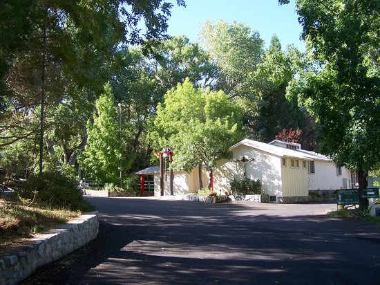 Valyermo, CA: getlstd_property_photo