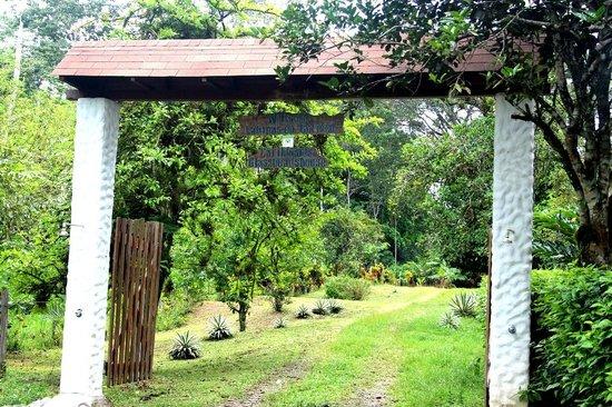 Cabinas Wolfsong: Eingangstor mit integrierten Duschen