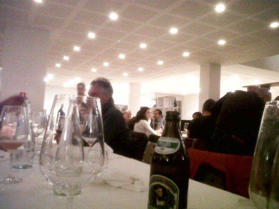 Scandiano, Włochy: Controsoffitto non proprio da agriwellness