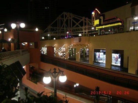 Westfield Horton Plaza : 最上階からの眺め