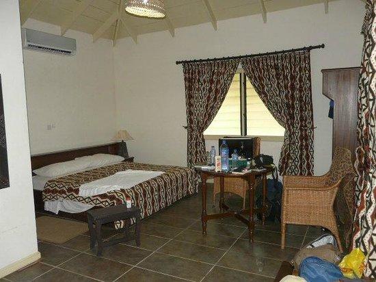 Anomabo Beach Resort: Room