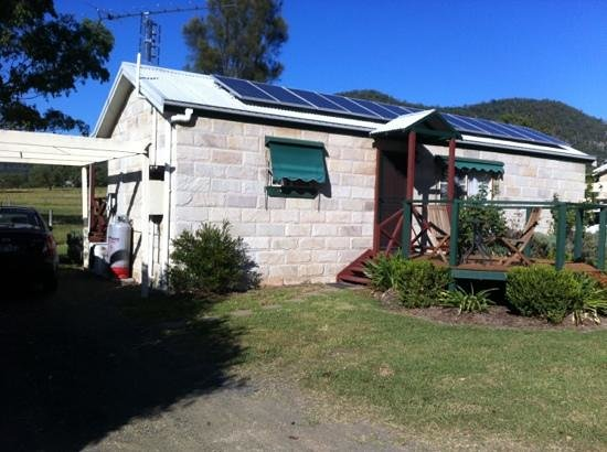 Starline Alpacas Farmstay Resort: great size cottage