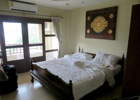 Flora House: Both bedrooms have air conditioning (cost 1000 baht monthly)