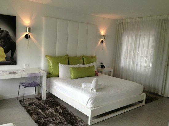 Royal Palms Resort & Spa: King Room