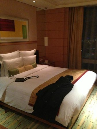 Yeouido Park Centre, Seoul - Marriott Executive Apartments: Bed Room