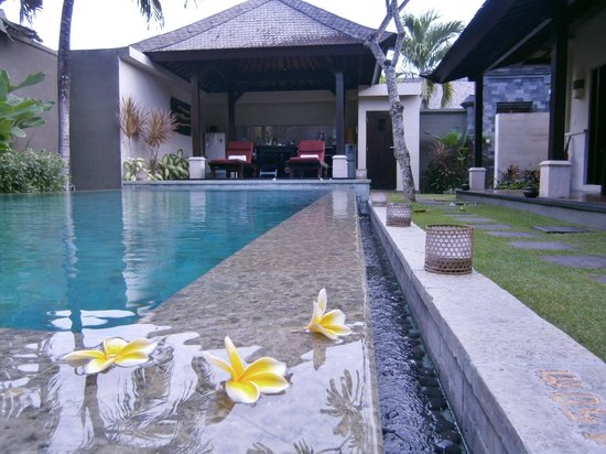 The Ulin Villas & Spa: Beautiful in the early morning
