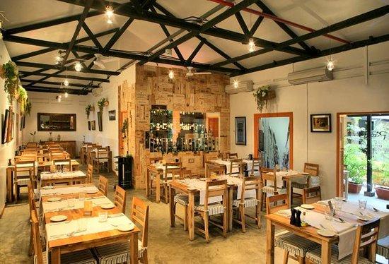 Giardinia Pietrasanta Orario : Pietrasanta singapore queenstown ristorante recensioni numero