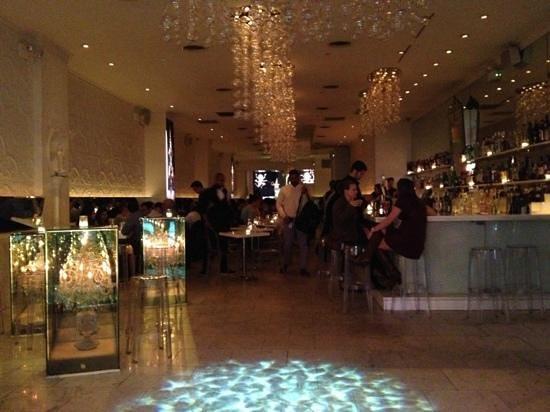Qi: excellent looking restaurant