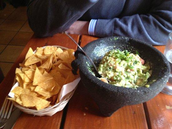 Patron Mexican Grill : Guacamole