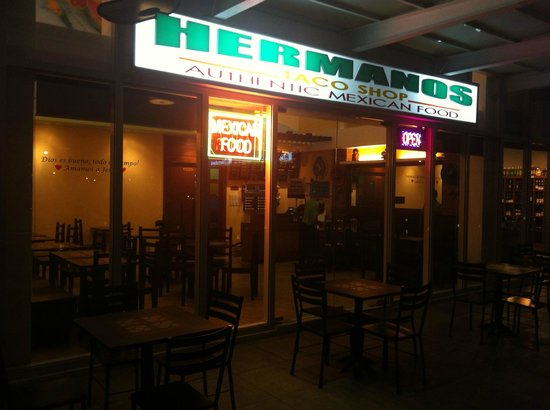 Hermanos Taco Shop : Exterior of Hermano's