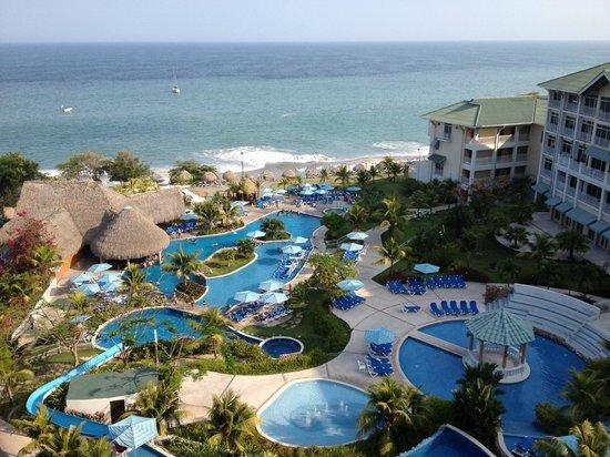 Sheraton Bijao Beach Resort - An All Inclusive Resort: Vista del hotel