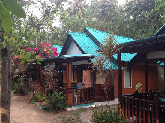 Sayang Beach Bungalows: view of our room coming from the beach (somewhat dated for the price)