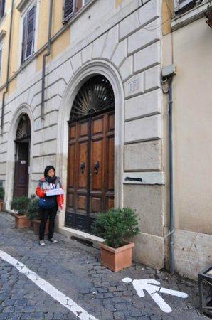 Residenza Maritti: residence entrance