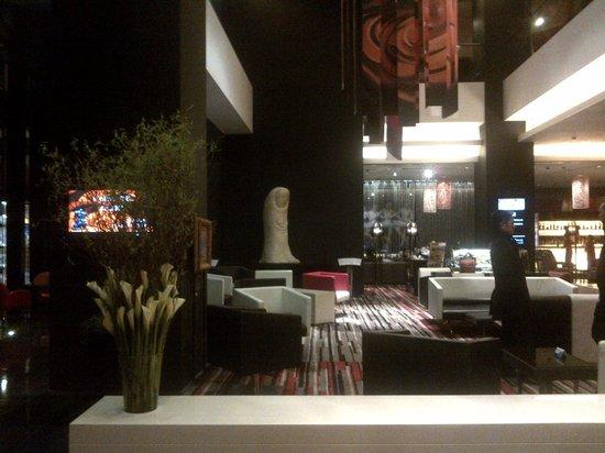 Grand Mercure Shanghai Century Park : lobby area