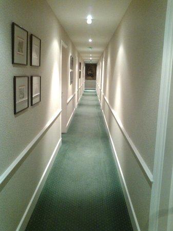 Villa Flornoy: Couloir 3e étage