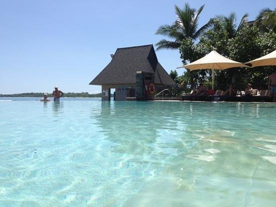 InterContinental Fiji Golf Resort & Spa: infinity adult pool