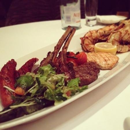 C's Steak and Seafood Restaurant: mix grill