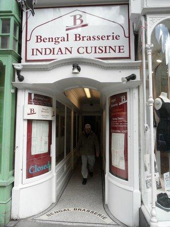 Bengal Brasserie: Street entrance