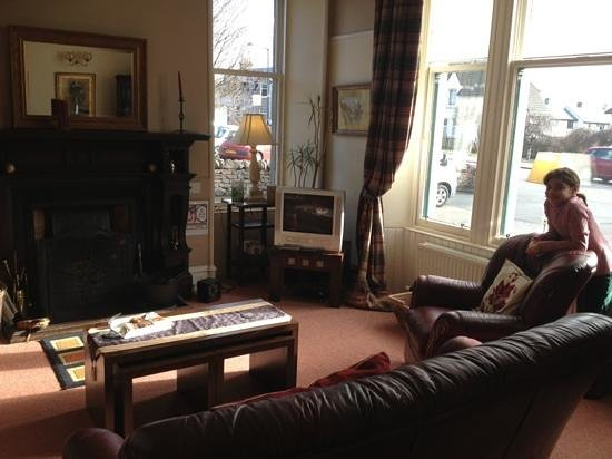 Cairngorm Guest House: guest room lounge