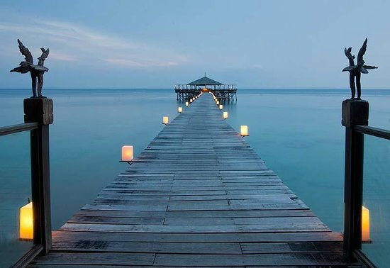 Japamala Resort by Samadhi : The restaurant at the end of the pier