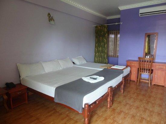 Cosy Regency : Triple bed room
