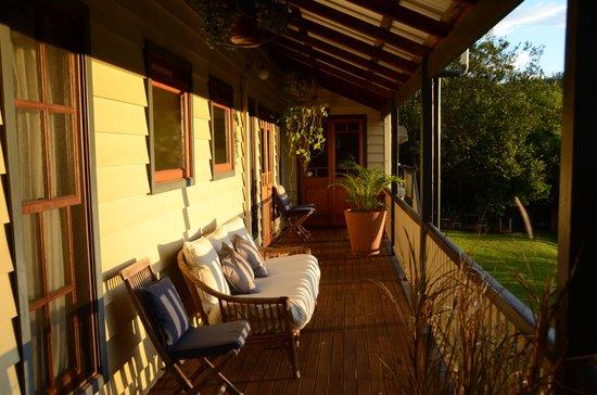 Eumundi Gridley Homestead B&B: Veranda