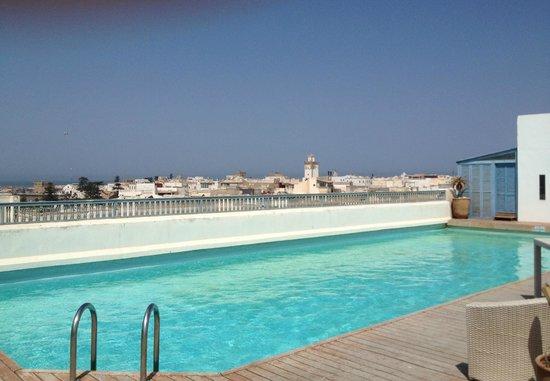 L'Heure Bleue Palais: roof top pool