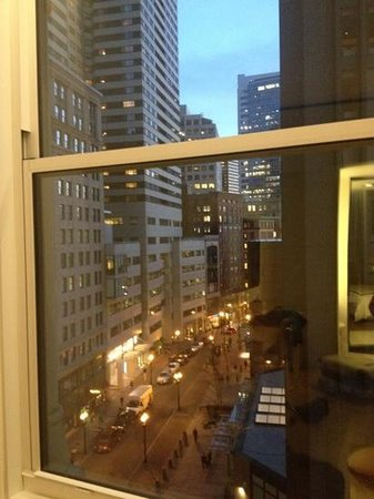 Ames Boston Hotel, Curio Collection by Hilton: vista camera 707