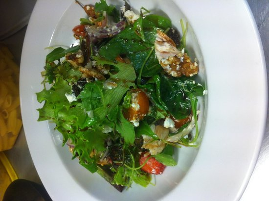 Avanti: Chicken salad