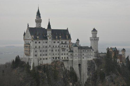 Marienbrücke: View of the castle (march 2013)