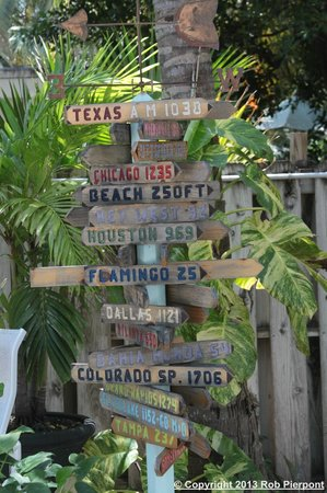 Island Bay Resort: signpost