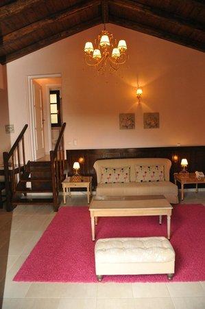 "Ilaeira Mountain Resort: Villa ""Pentavloi"" living room"