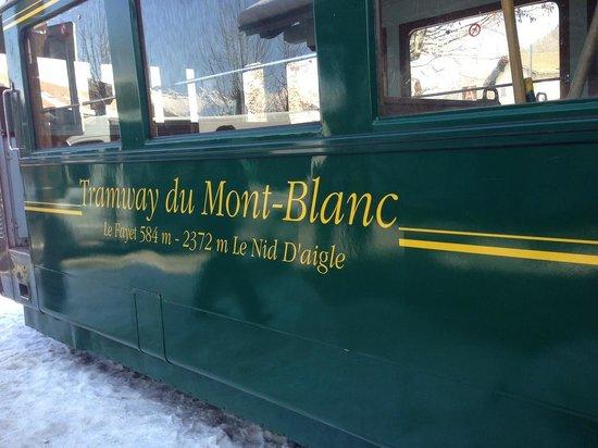 Tramway du Mont-Blanc: Voiture