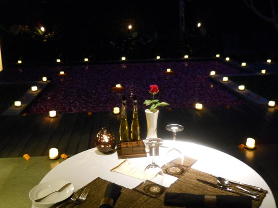 Kayumanis Ubud Private Villa & Spa: Romantic Candlelight Dinner