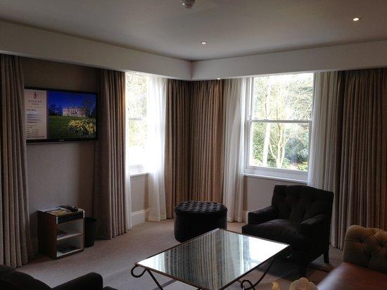 Rudding Park Hotel: Suite lounge area