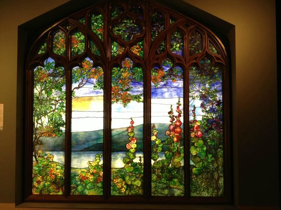 Corning Museum of Glass: Tiffany Window in the Corning Museum