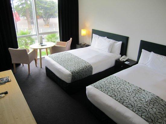 Scenic Hotel Te Pania: Bedroom